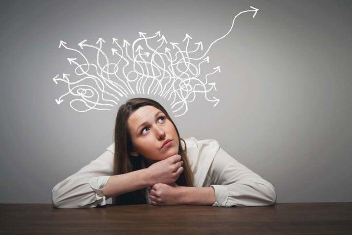 پذیرش و جداسازی افکار